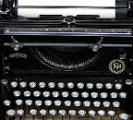 800px-old_typewriter4